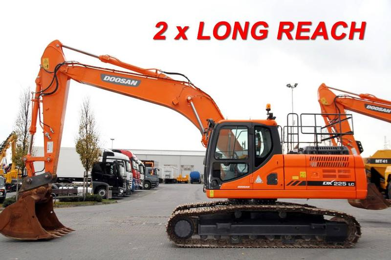 Doosan 21.9 T DX225LC-3 LONG REACH BOOM 2 UNITS!