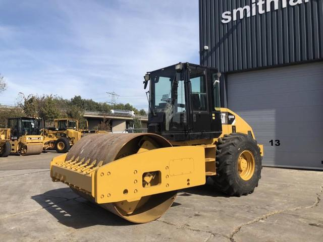 Caterpillar CS533EXT
