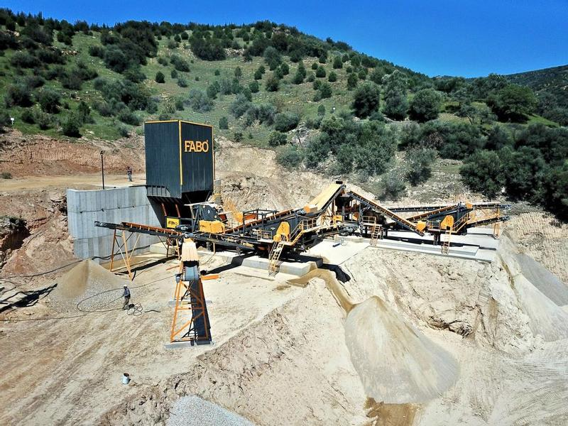 Fabo MOBILE STONE CRUSHING AND SCREENING | NEW GENERATION EQUIPMENT