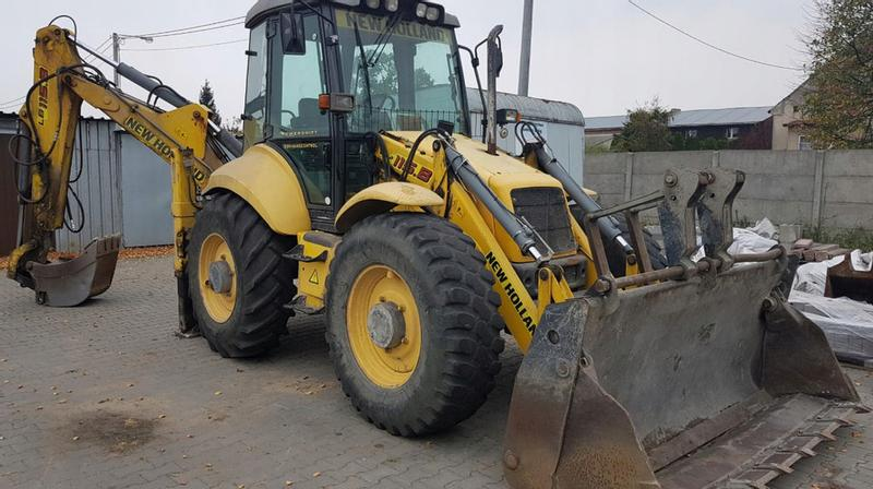 New Holland -B115 PS4