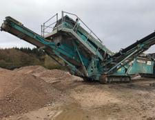 Powerscreen Chieftain 1400 hydraulic tipping grid